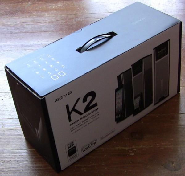 Aluminiowa wieża sobie gra: test stacji muzycznej Revo K2 | HD-Opinie.pl