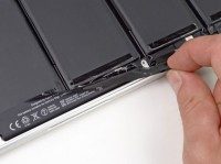 apple-retina-ifixit-07-07-12-01-1341638129