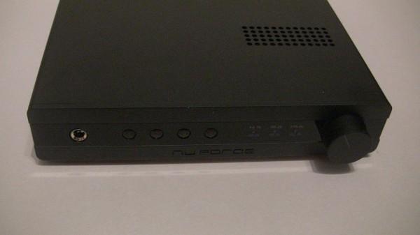 NuForce DAC-100 (5)